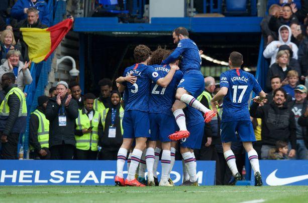 Chelsea on kiinni Valioliigan pronssimitaleissa, kun viimeinen kierros on pelaamatta.