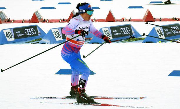Krista Pärmäkoskella oli vaikea päivä Oberstdorfissa tiistaina.