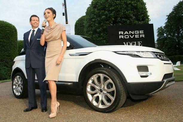 Victoria Beckham ja Gerry McGovern, Land Roverin ja Range Roverin muotoilujohtaja.