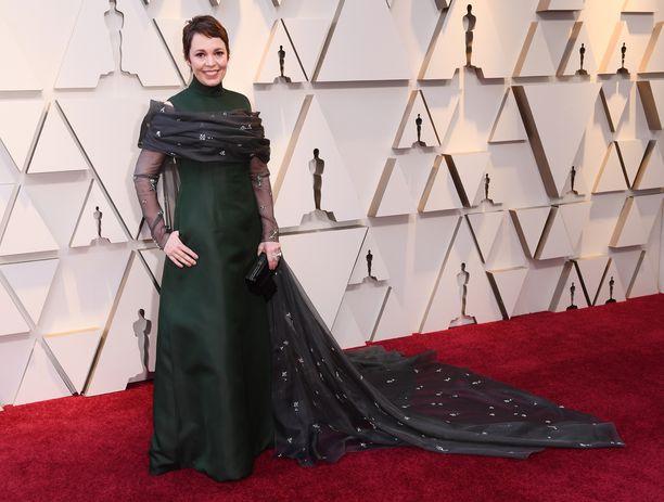 Olivia Colman tunnetaan esimerkiksi rooleistaan elokuvissa Idän pikajunan arvoitus sekä The Favourite.