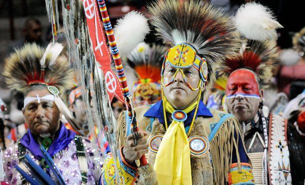 Lakota-heimon tanssijoita Gathering of Nations Pow Wow -tapahtumassa Albuquerquessa.