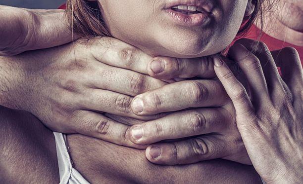 Naisiin kohdistuva väkivalta on yksi Suomen näkyvimpiä ihmisoikeusongelmia.