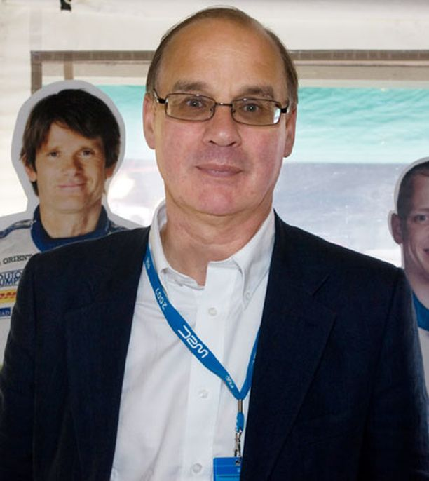 Timo Jouhki tunnetaan erityisesti rallipiireissä. Hän on toiminut muun muassa Juha Kankkusen, Tommi Mäkisen, Harri Rovanperän, Toni Gardemeisterin ja Mikko Hirvosen managerina.