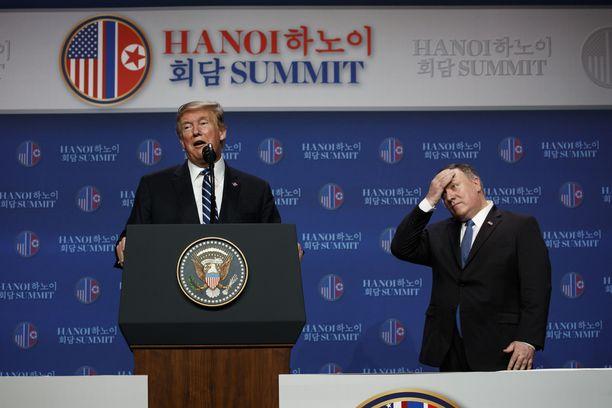 Donald Trump ja USA:n ulkoministeri Mike Pompeo kertoivat torstaina Hanoissa, että osapuolten välinen näkemysero oli liian suuri.