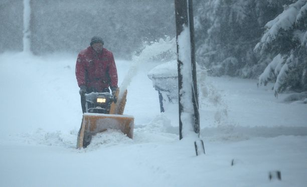 Mies joutui lumitöihin Norfolkissa.