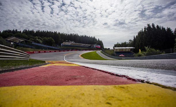 Span Eau Rouge on F1-kalenterin tunnetuimpia mutkia.