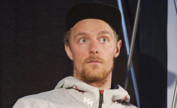 Joonas Räsänen oli Levin pujottelun paras suomalainen. Hän jäi avauslaskussa 2,01 sekuntia kärjestä.