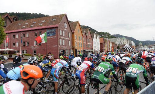 Joni Kanerva loukkaantui pahasti Bergenissä nuorten MM-kisoissa. Kuvituskuva.