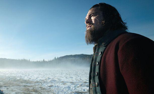 Leonardo DiCapriolle povataan Oscaria roolityöstään elokuvasta The Revenant.