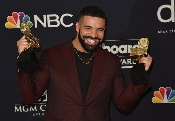 Kanadalainen Drake on yksi tämän hetken suosituimmista artisteista. Hänen suurimpia hittejään ovat In My Feelingg, God's Plan ja Nice for What.