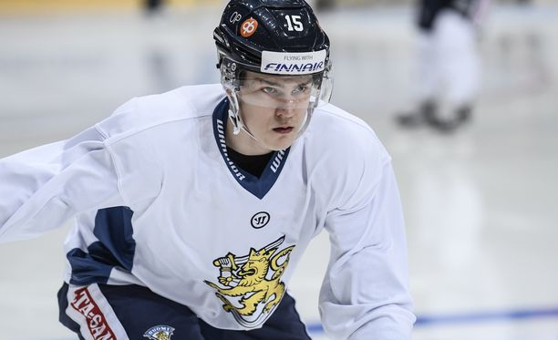Henri Jokiharju on suomalaisen jääkiekkoilun suurimpia lupauksia.