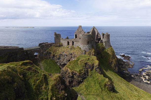Irlantilaisen Dunlucen herra kannatti valtataistelussa hävinnyttä puolta.