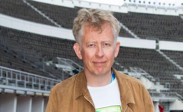 Pekka Pouta hauskuutti rooliasussa.