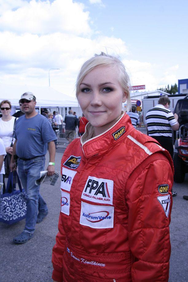 Emma Kimiläinen joutui keskeyttämään kolarin vuoksi.