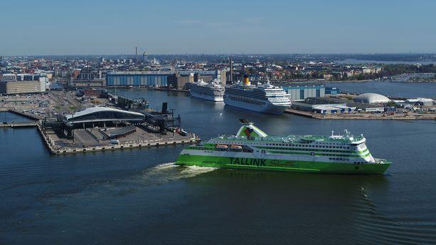 Tallink Star -aluksen kaksi keskiviikkoillan vuoroa myöhästyivät parikymmentä minuuttia Kuisma-myrskyn vuoksi, mutta muuten risteilyalukset ovat liikennöineet normaalisti sekä Tallink Siljalla että Viking Linella. Kuvituskuva.