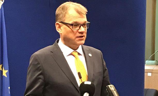 Pääministeri Juha Sipilä korostaa, että päätösten onnistuminen riippuu siitä, miten ne pannaan toimeen.