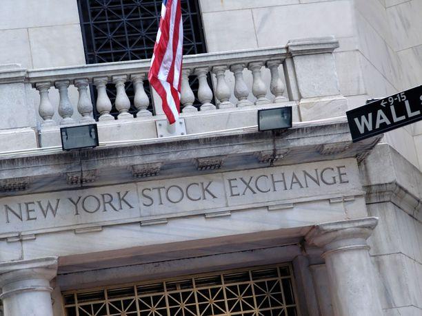 Wall Streetillä kurssit olivat roimassa laskussa maanantaina.