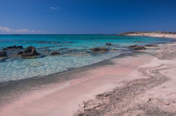 Elafonissin vaaleanpunaista hiekkaa.