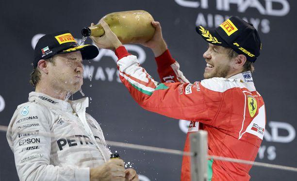 Sebastian Vetteliä ei nähtäne Nico Rosbergin korvaajana.