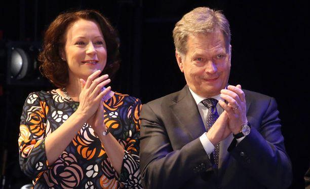 Lapsi on Jenni Haukiolle ensimmäinen. Niinistöllä on entuudestaan kaksi poikaa.