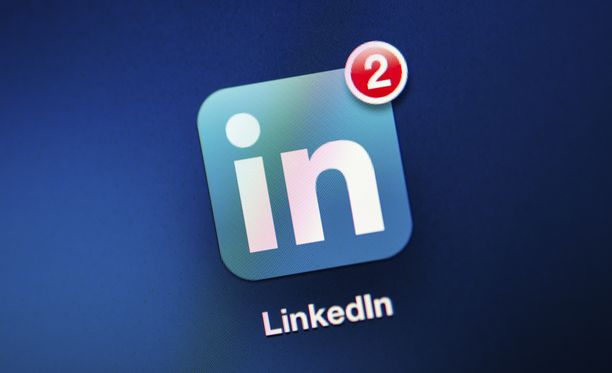 LinkedIn on käyttänyt sähköpostiosoitteita palvelunsa markkinoimiseen Facebookissa.