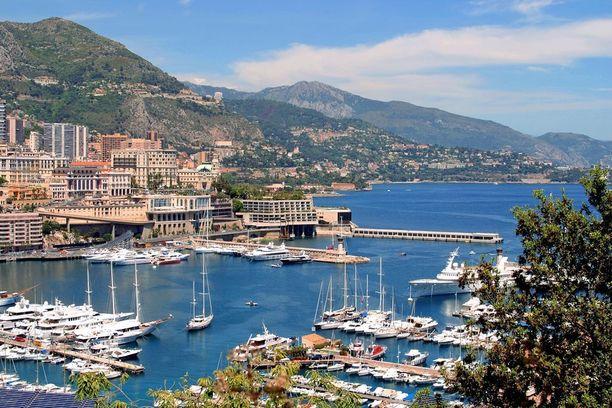 Monacosta löytyy upeita jahteja.
