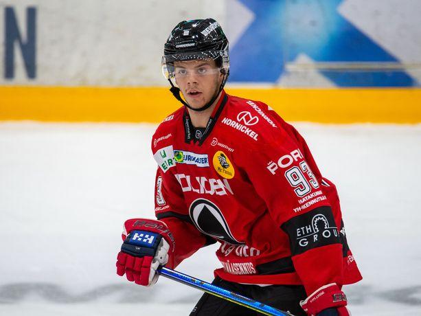 Jesperi Kotkaniemi on pelannut jo kuusi peliä Ässissä, mutta maalitili on yhä avaamatta.