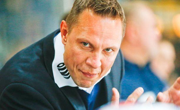 Jussi Tapolan ura Tapparan päävalmentajana saattaa päättyä tänään.