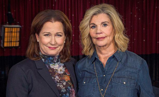 Anna Hedemo muistelee ohjelmassaan Malena Ivarssonin kanssa 1980-luvun seksiohjelmaa.