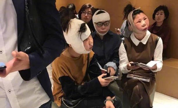 Kolme kauneusleikkauksessa käynyttä kiinalaisnaista jäi jumiin lentokentälle Etelä-Koreassa.