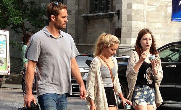 Paul Walker jätti omaisuutensa tyttärelleen Meadowille (oikealla).