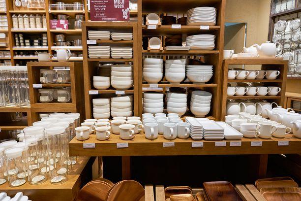 Mujin tuotevalikoimaan kuuluu muun muassa astioita ja muita keittiötarvikkeita.
