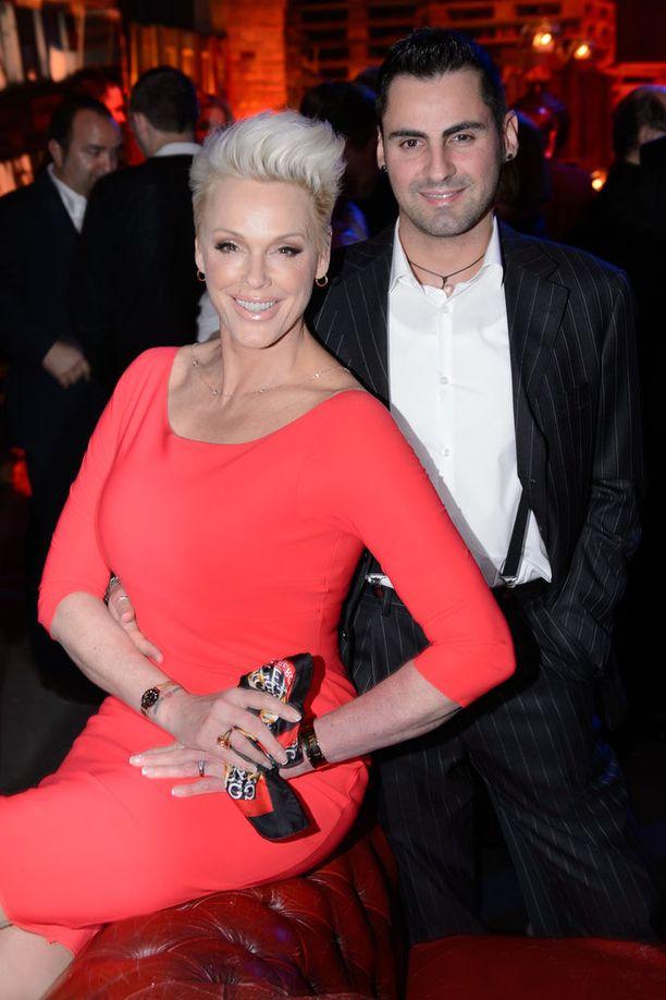 Brigitte Nielsen ja Mattia Dessi saavat perheenlisäystä 12 vuotta avioitumisensa jälkeen.