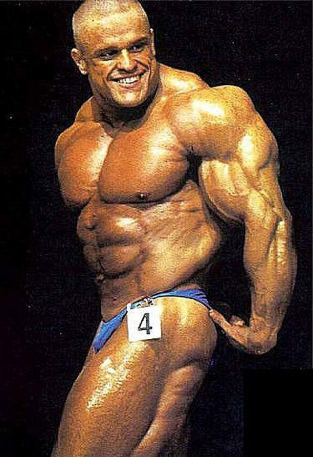 Hurjassa kunnossa huippuvuosinaan ollut Marko Savolainen sai lempinimen Supermassa.