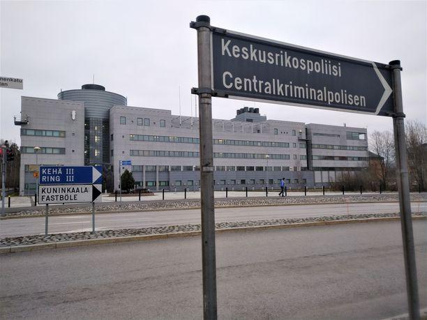 Poliisin operaatio Oulussa liittyy KRP:n esitutkintaan.