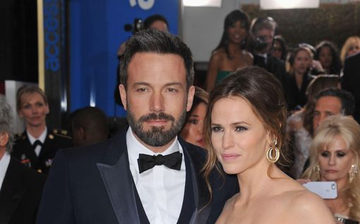 """Ben Affleck harvinaisessa haastattelussa: alkoholismi pilasi liiton, kaipaa Jennifer Garneria: """"Kadun elämässäni eniten..."""""""