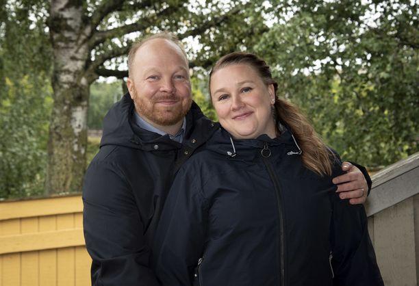 Annina ja Ville avioituivat tv-kameroiden edessä vuonna 2019. Kuva: Tiia Heiskanen