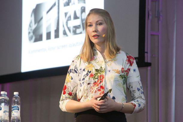 OP:n Sonja Heikkilä uskoo, että suomalaiset arvostavat enenevässä määrin autoilun helppoutta ja kustannusten ennakoitavuutta.