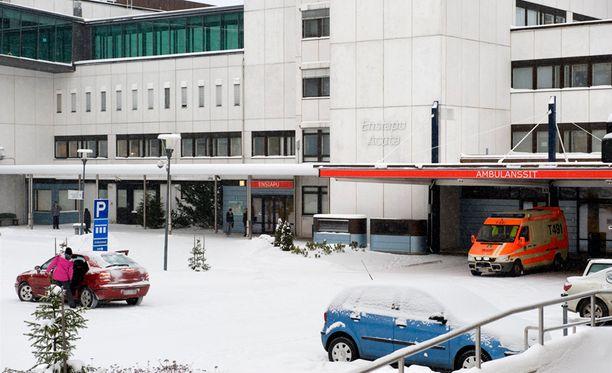 Tampereen yliopistollissa sairaalassa (Tays) pääluottamusmies ja 60 lääkäriä tekivät oikaisuvaatimuksen Pirkanmaan sairaanhoitopiirille, kun ylihoitaja valittiin toimialuejohtajan sijaiseksi.
