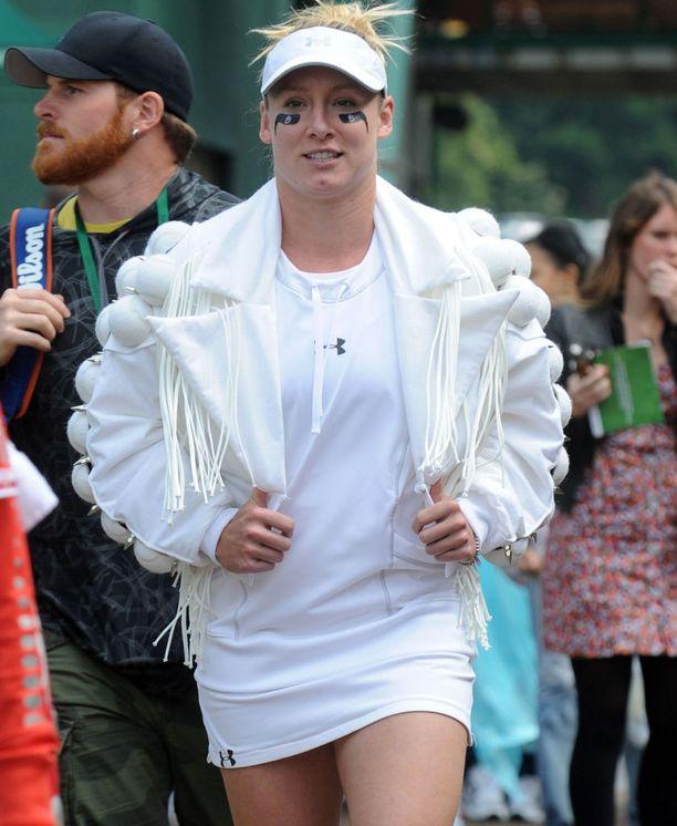 Wimbledonin järjestäjätaholta ei tullut ymmärrystä Bethanie Matteks-Sandsin designer-takille.