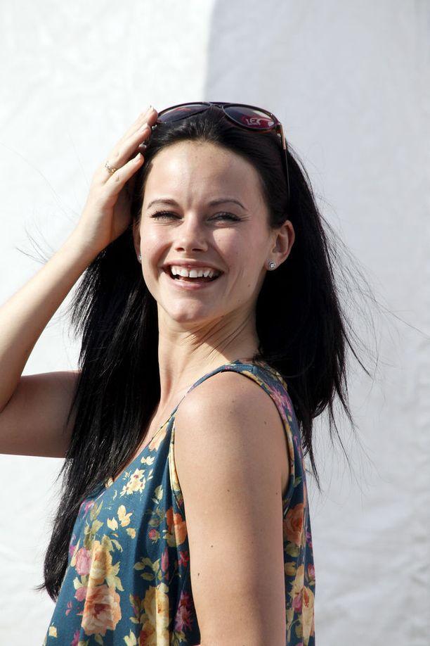 Vuonna 2011 Sofia kannustamassa prinssiään kilpa-ajoissa.