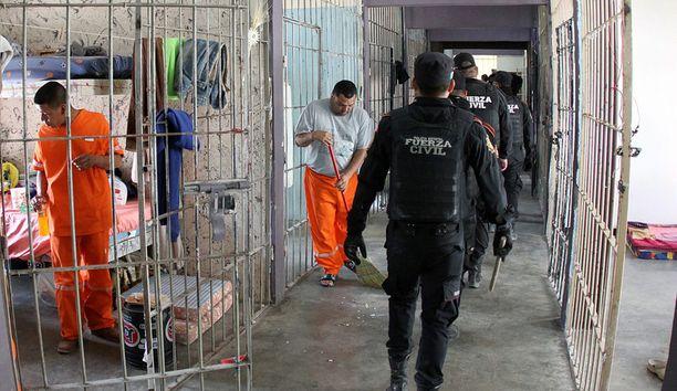 Meksikolaisessa Topo Chicon vankilassa oli muun muassa minijääkaappeja rikollisjohtajille.