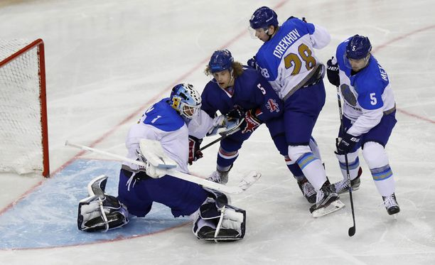 Entinen Jokerit-molari Henrik Karlsson edustaa nykyään maajoukkuetasolla Kazakstania.