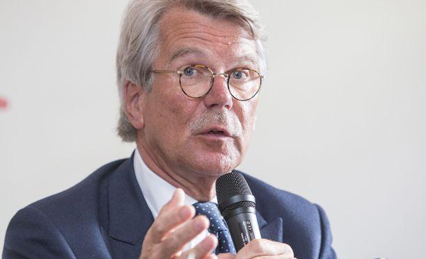 Nordean suuromistajan, suomalaisen Sammon hallituksen puheenjohtaja Björn Wahlroos johtaa myös Nordean hallitusta.