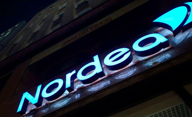 Nordea on saanut osan pankkikonsernia piinanneista häiriöistä kuntoon. Vielä on kuitenkin arvoitus, milloin palvelut toimivat normaalisti.