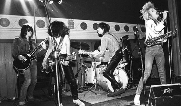 Hanoi Rocks on rokannut jo kahdelle sukupolvelle.