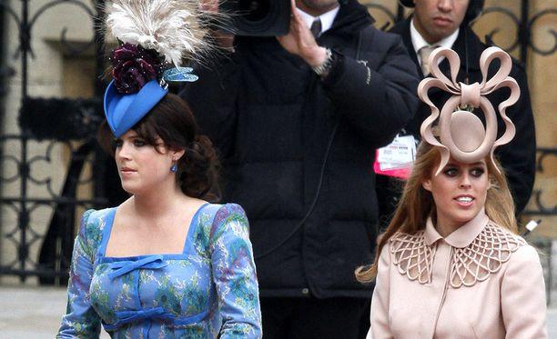 Erityisesti persoonalliset hatut herättivät ajatuksia.