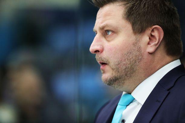 Pasi Nurminen toimii tällä hetkellä Pelicansin toimitusjohtajana. Nurminen hoitaa tehtävää toistaiseksi.