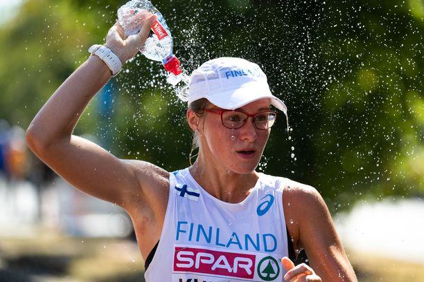Tiia Kuikan nimissä on naisten 50 kilometrin kävelyn Suomen ennätys.