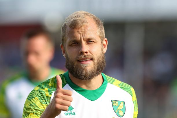 Teemu Pukki aloittaa perjantaina Valioliigakautensa Norwichin kohdatessa Liverpoolin.